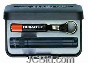 JCBid.com Solitaire-Flashlight-Black-Presentation-Box-MagLite-Model-K3A012