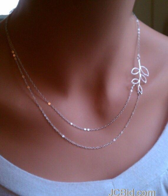 JCBid.com Beautiful-Silver-Tone-Necklace